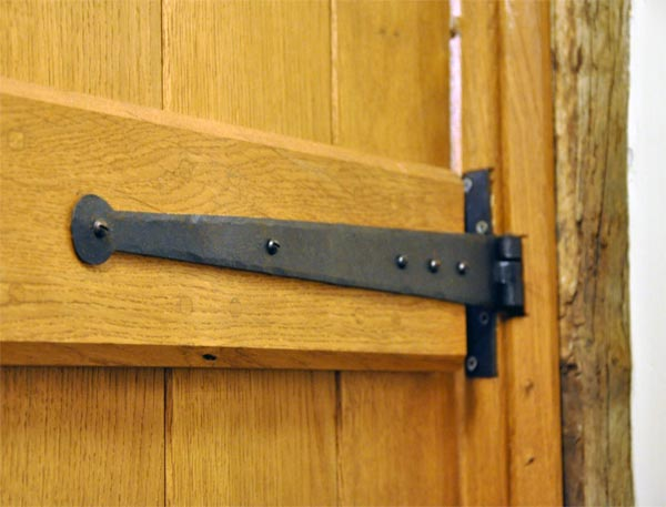 Traditional Blacksmith Penny End Door Hinges