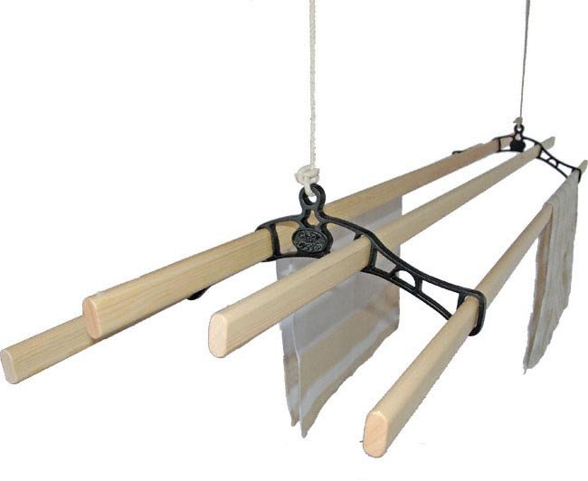 Victorian Kitchen Maidandreg; Pulley Clothes Airer