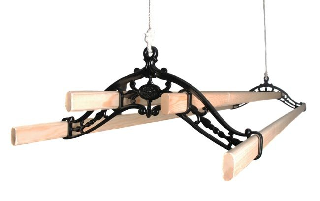 Classic Kitchen Maidandreg; Pulley Clothes Airer
