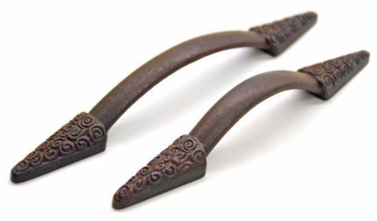 Antique Bronze Gothic Nautilus Edged Iron Pull Handle