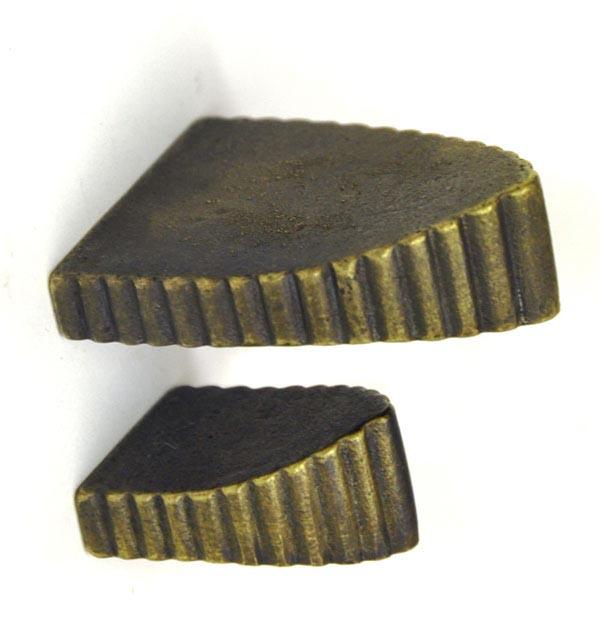 Antique Brass Harlech Knob