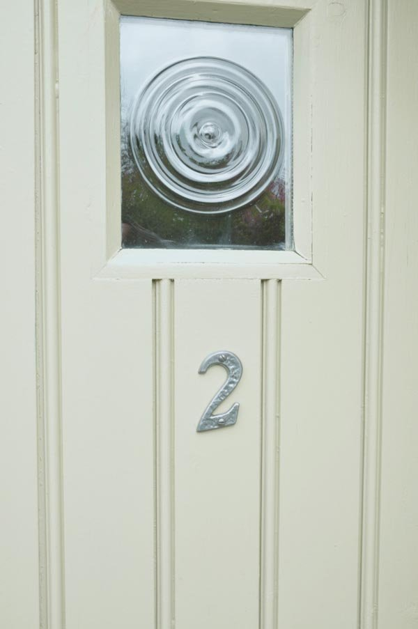 Kirkpatrick pewter iron classic house letters house for Classic house numbers