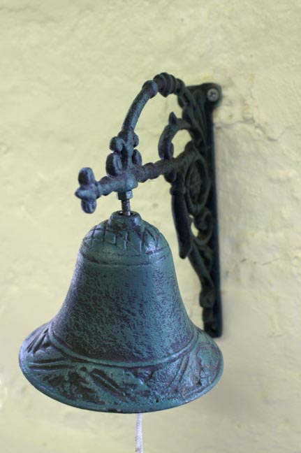 VerdiGris Curvy Bracket Bell
