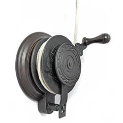 Hand Winch for Kitchen Maid� Clothes Airer