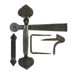 Blacksmith Beeswax Gothic Thumb Latch