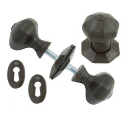 Blacksmith Beeswax Octagonal Knob Set