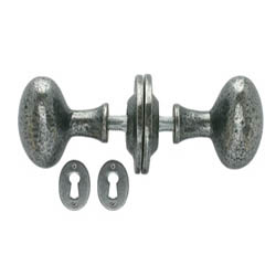 Blacksmith Pewter Patina Oval Knob Set