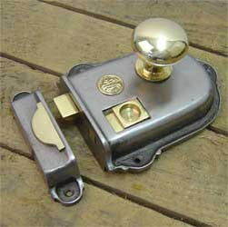 Cromwell Cast Iron and Brass Rim Latch Set