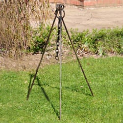 Cooking Tripod with Chain - Kadai