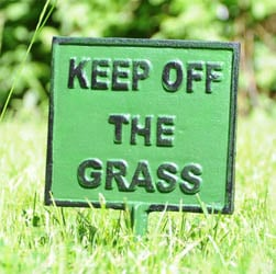 Square Keep Off The Grass Spike