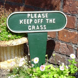 Keep off the grass sign spike - Large