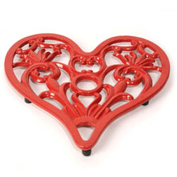 Heart Trivet | Cast Iron Home and Garden Ware & Traditional Ironmongery